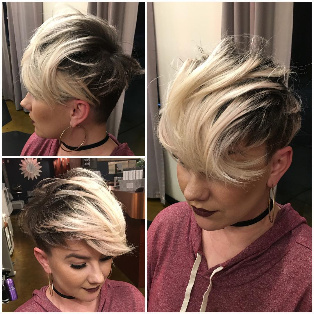40 Best Short Hairstyles For Fine Hair 2019 Throughout Highlighted Pixie Bob Hairstyles With Long Bangs (View 6 of 20)
