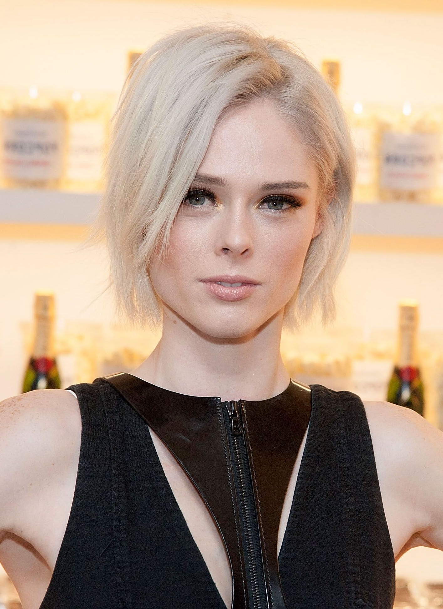 40 Bob Hairstyles For 2018 – Bob Haircuts To Copy This Year With Frizzy Razored White Blonde Bob Haircuts (View 7 of 20)
