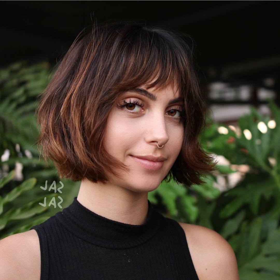 40 Most Flattering Bob Hairstyles For Round Faces 2019 – Hairstyles Intended For Rounded Bob Hairstyles With Side Bangs (View 4 of 20)