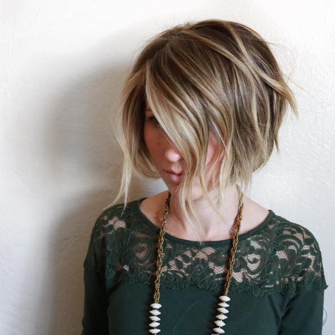 40 Super Cute Short Bob Hairstyles For Women 2018 | Styles Weekly Regarding Choppy Rounded Ash Blonde Bob Haircuts (View 17 of 20)