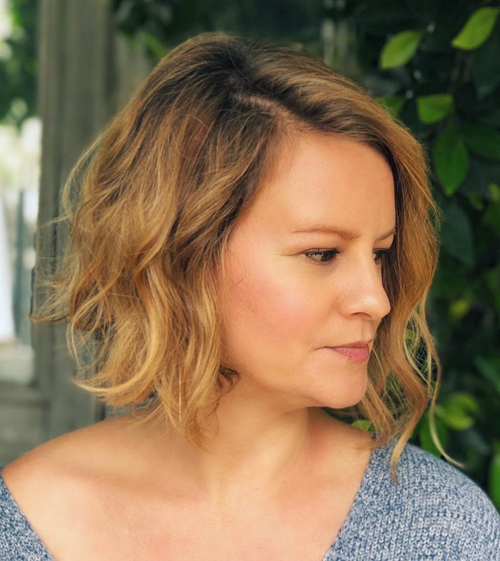 43 Greatest Wavy Bob Hairstyles – Short, Medium And Long In 2018 Throughout Sexy Tousled Wavy Bob For Brunettes (View 7 of 20)