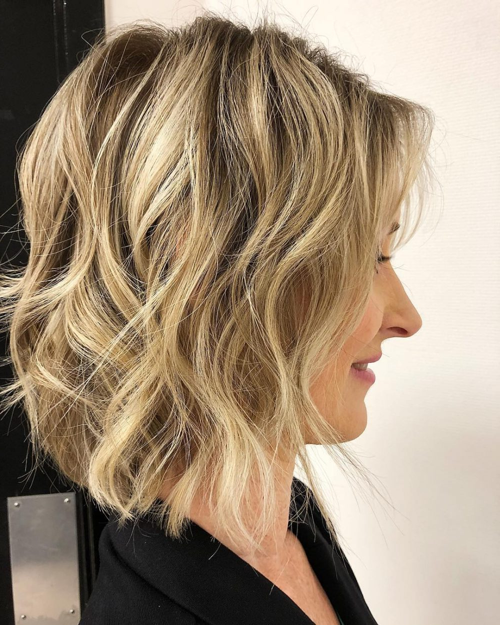 43 Perfect Short Hairstyles For Fine Hair In 2018 Pertaining To Messy Jaw Length Blonde Balayage Bob Haircuts (View 18 of 20)