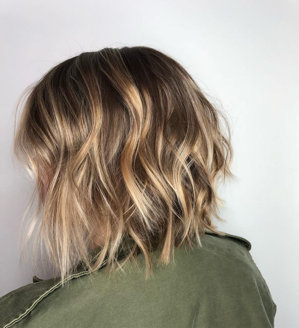 47 Popular Short Choppy Hairstyles For 2018 Within Short Bob Hairstyles With Piece Y Layers And Babylights (View 6 of 20)