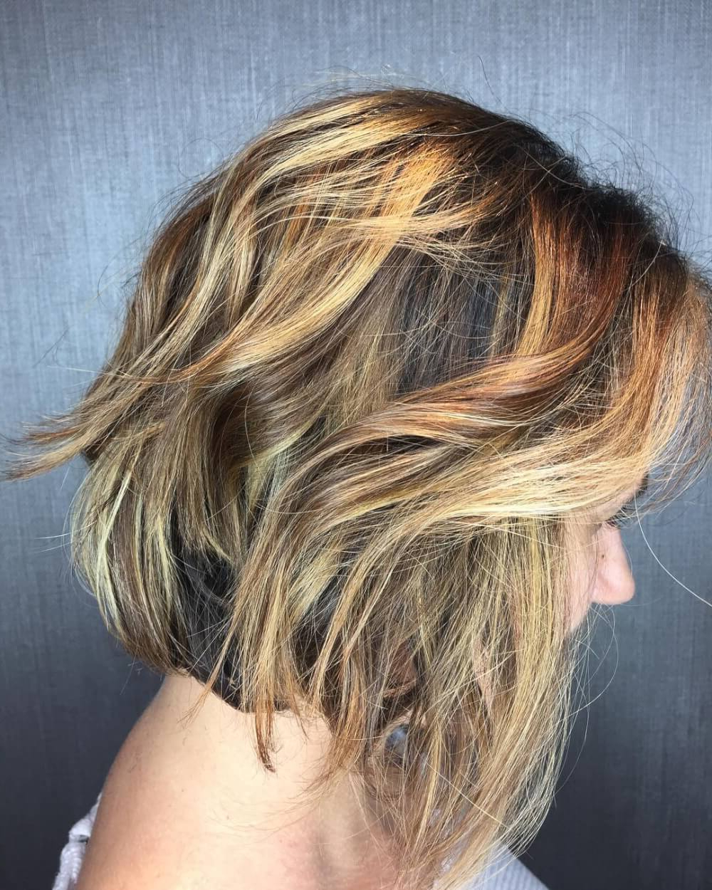 49 Chic Short Bob Hairstyles & Haircuts For Women In 2018 Within Frizzy Razored White Blonde Bob Haircuts (View 10 of 20)