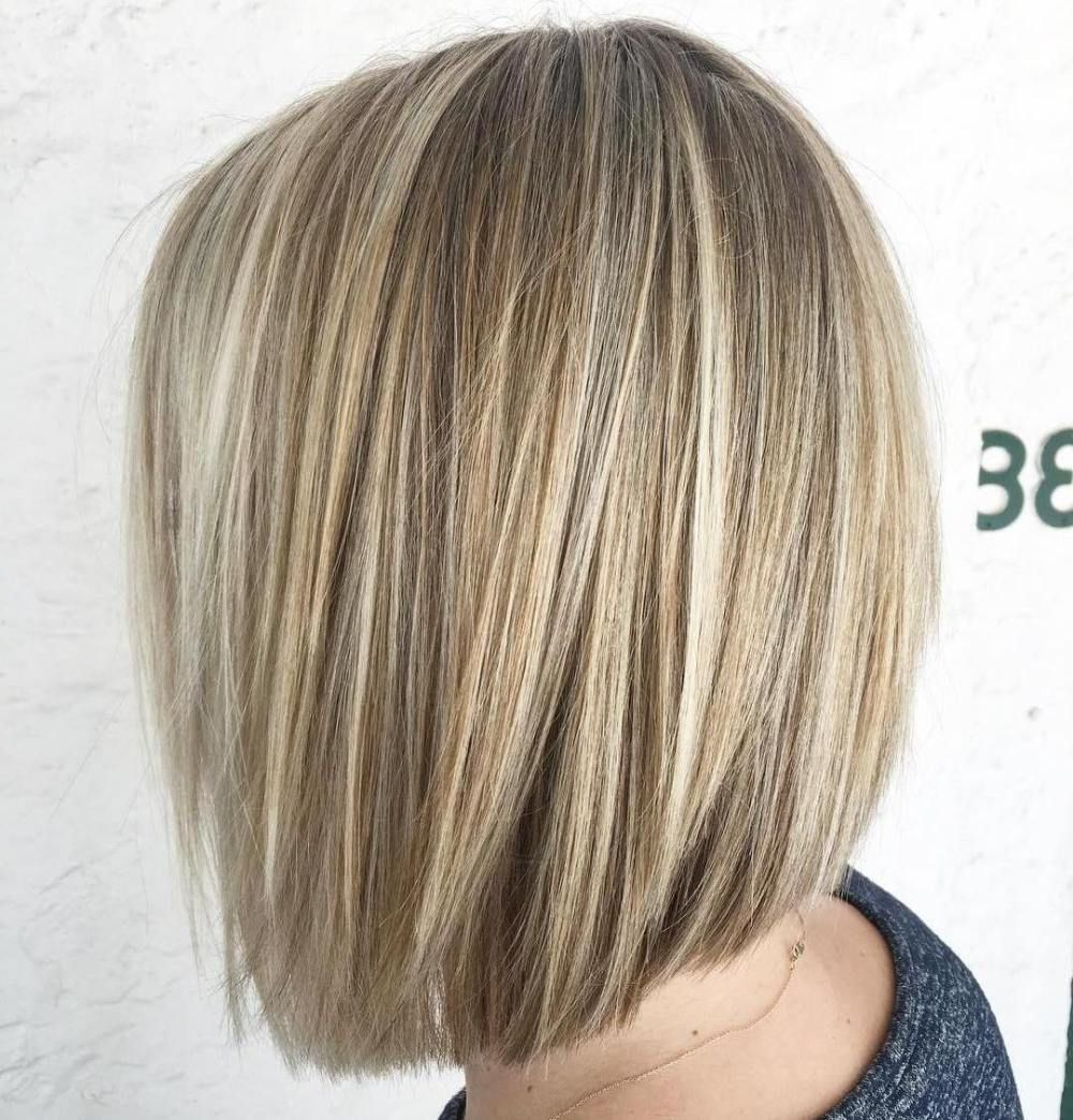 50 Beautiful And Convenient Medium Bob Hairstyles | Blunt Bob, Bobs For Blunt Bob Haircuts With Layers (View 16 of 20)