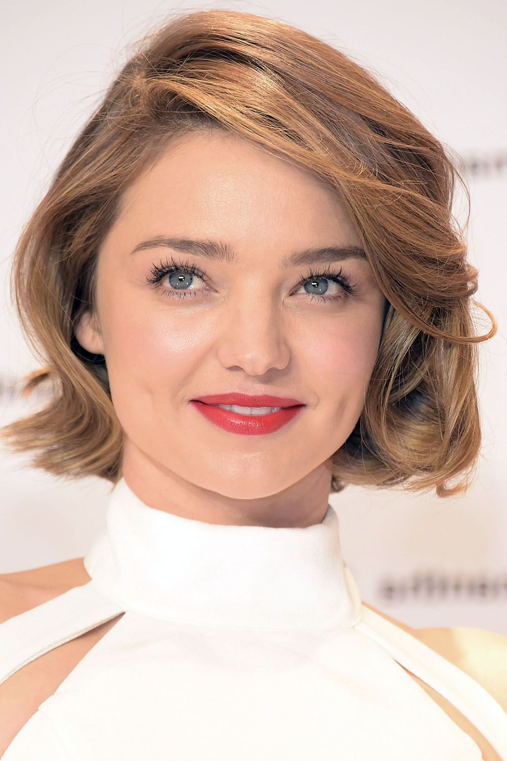 50+ Cute Bob And Lob Haircuts 2018 – Best Celebrity Long Bob Hairstyles For Tousled Razored Bob Hairstyles (View 16 of 20)