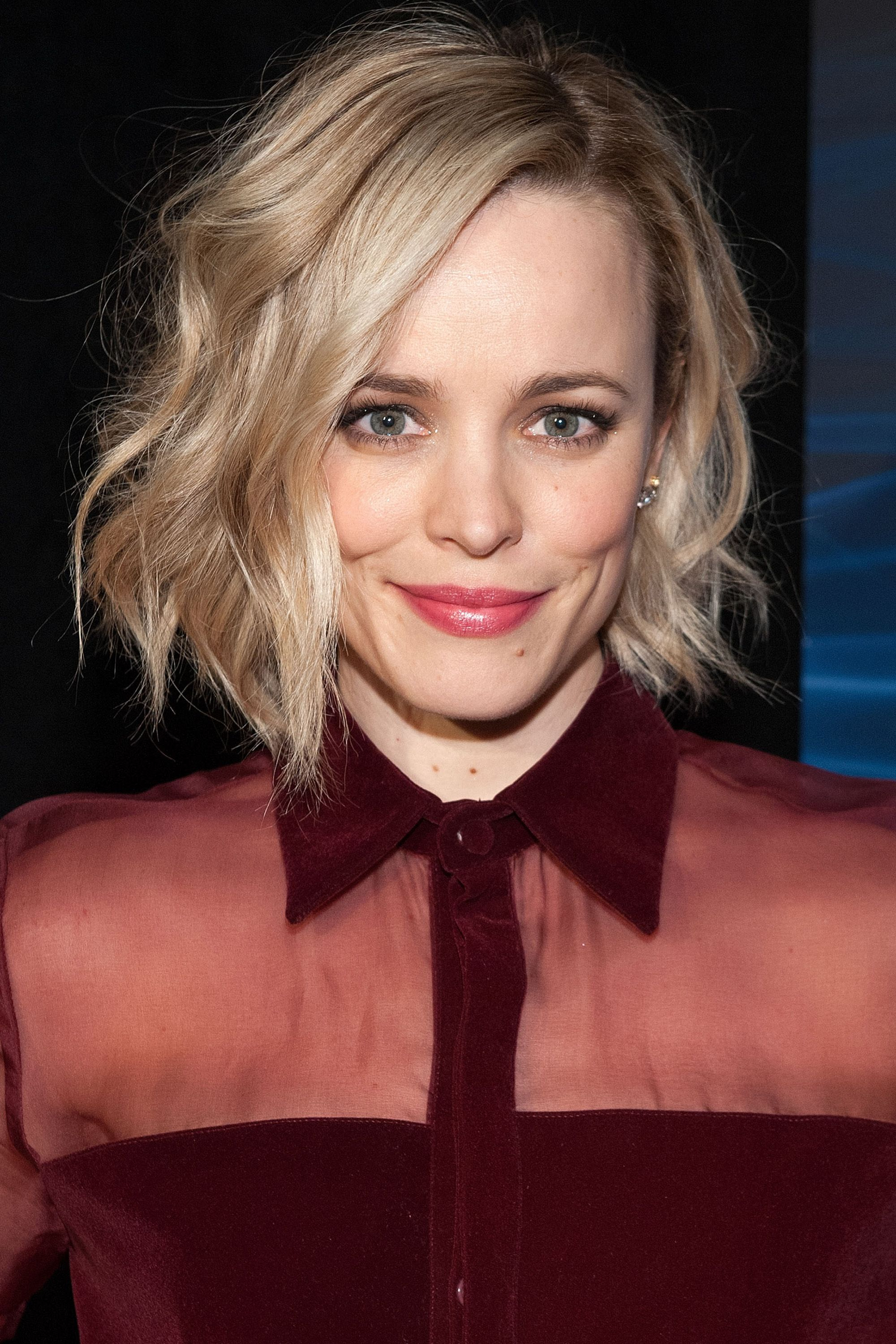 50+ Cute Bob And Lob Haircuts 2018 – Best Celebrity Long Bob Hairstyles Inside Jaw Length Wavy Blonde Bob Hairstyles (View 18 of 20)