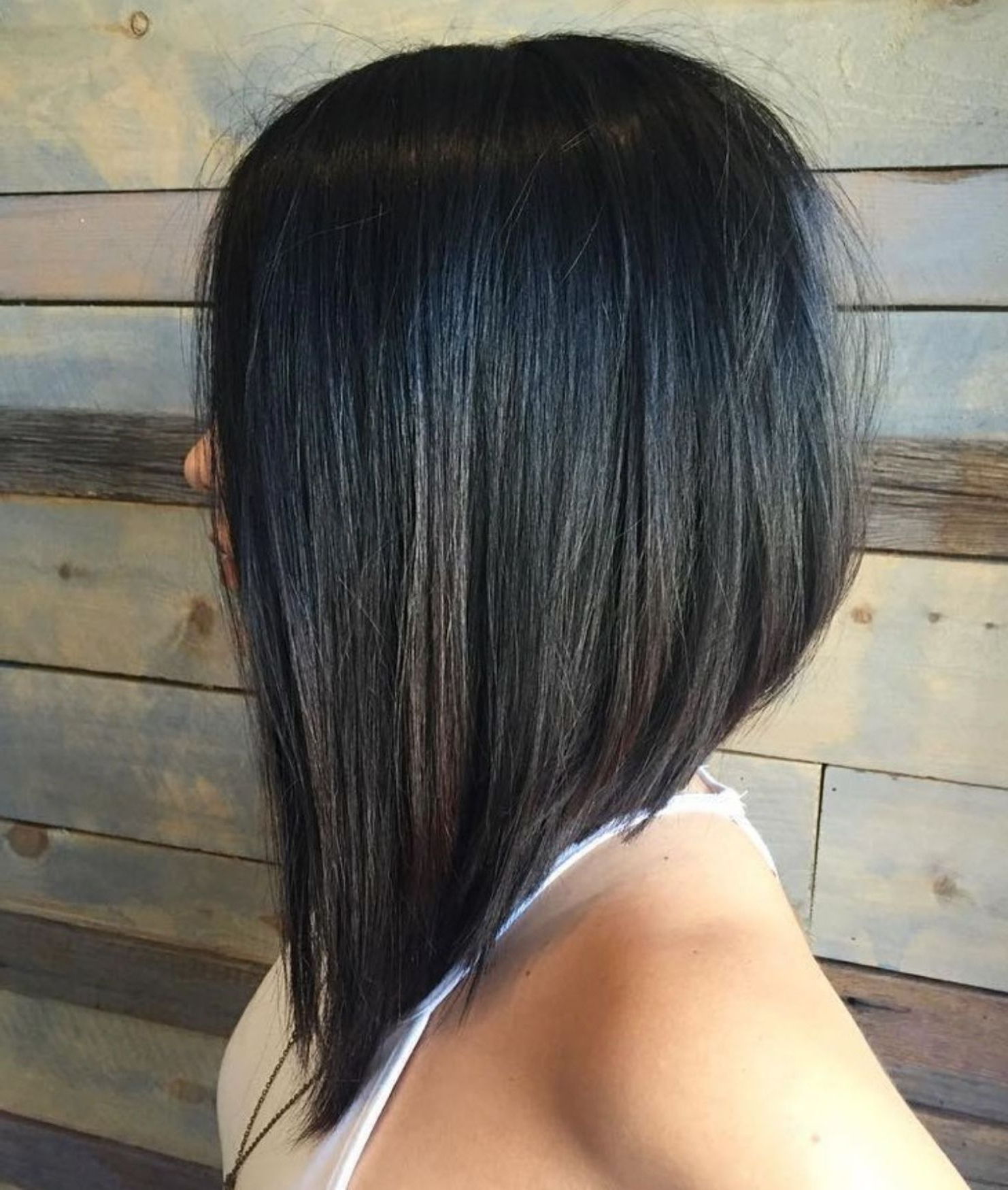 Featured Photo of Side Parted Asymmetrical Gray Bob Hairstyles