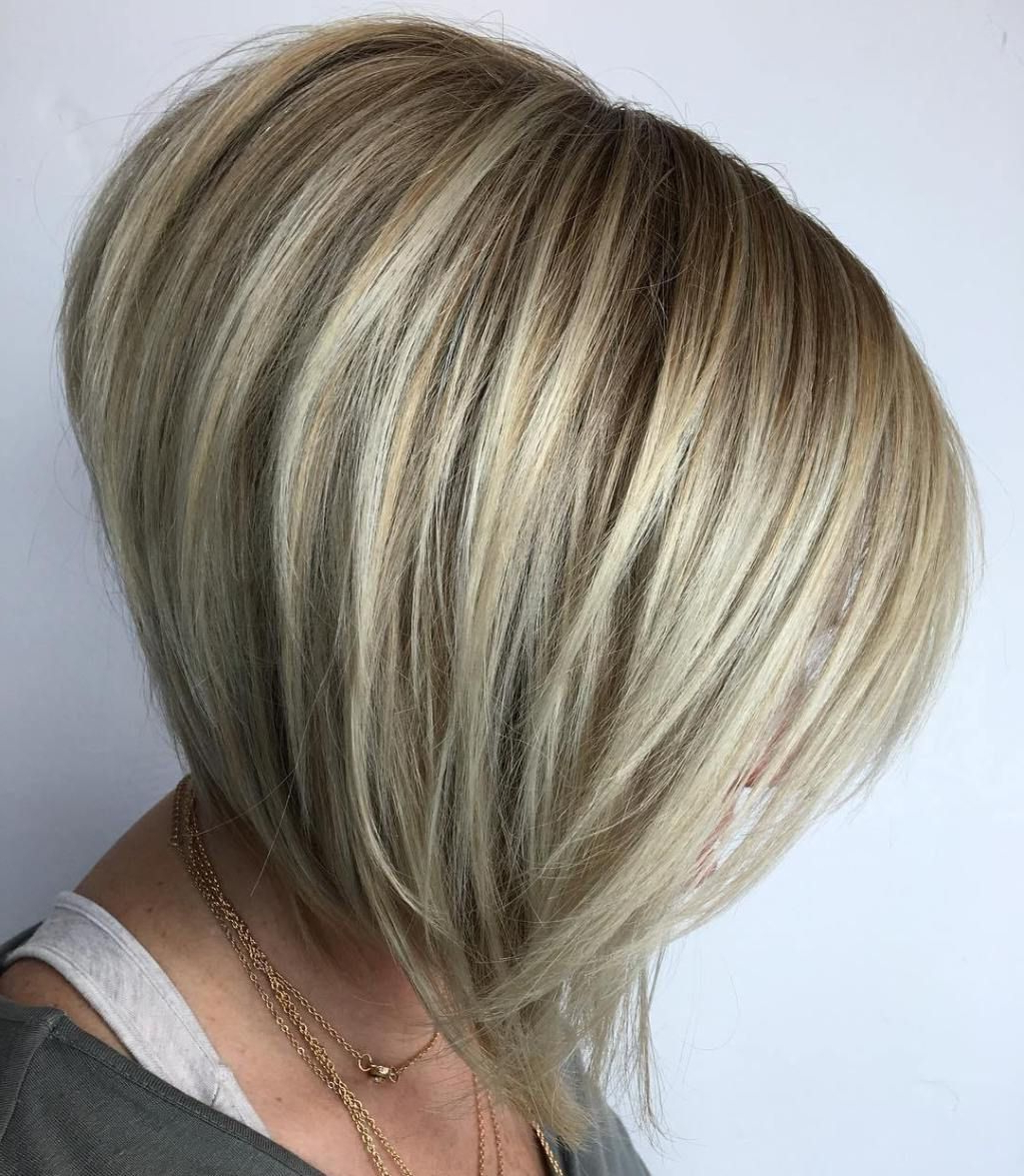 60 Beautiful And Convenient Medium Bob Hairstyles In 2018 | Short Pertaining To Voluminous Nape Length Inverted Bob Hairstyles (View 10 of 20)