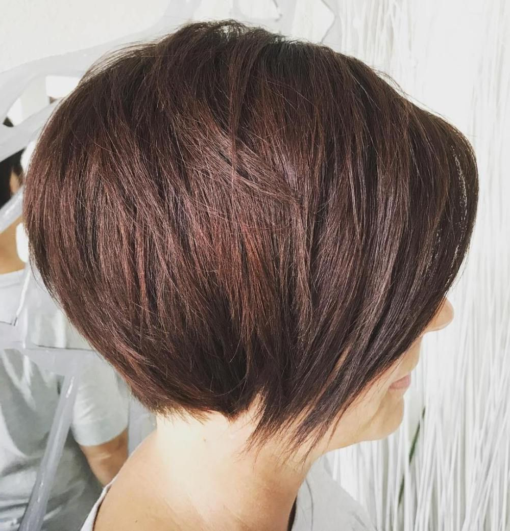 60 Classy Short Haircuts And Hairstyles For Thick Hair | Hair Styles Inside Rounded Bob Hairstyles With Razored Layers (View 9 of 20)