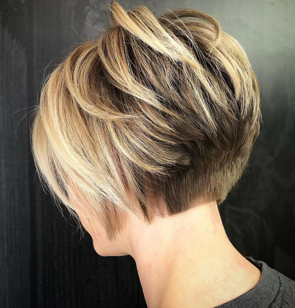 60 Classy Short Haircuts And Hairstyles For Thick Hair In 2018 With Regard To Bronde Balayage Pixie Haircuts With V Cut Nape (View 5 of 20)