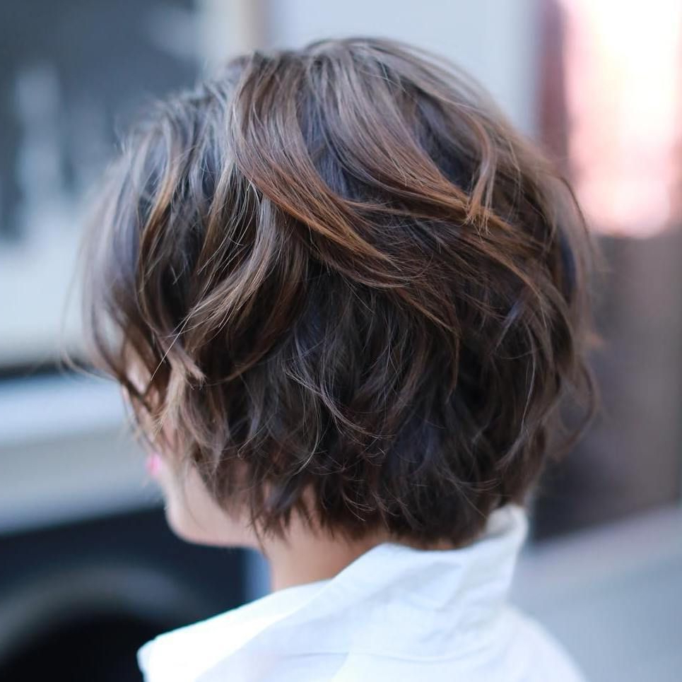 60 Classy Short Haircuts And Hairstyles For Thick Hair | Short Hair Intended For Short Wavy Haircuts With Messy Layers (View 8 of 20)