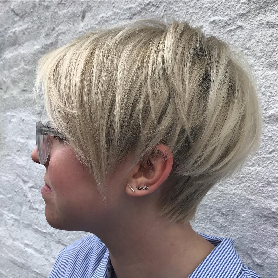 60 Gorgeous Long Pixie Hairstyles | Pinterest | Blonde Pixie, Pixies Inside Bronde Balayage Pixie Haircuts With V Cut Nape (View 14 of 20)
