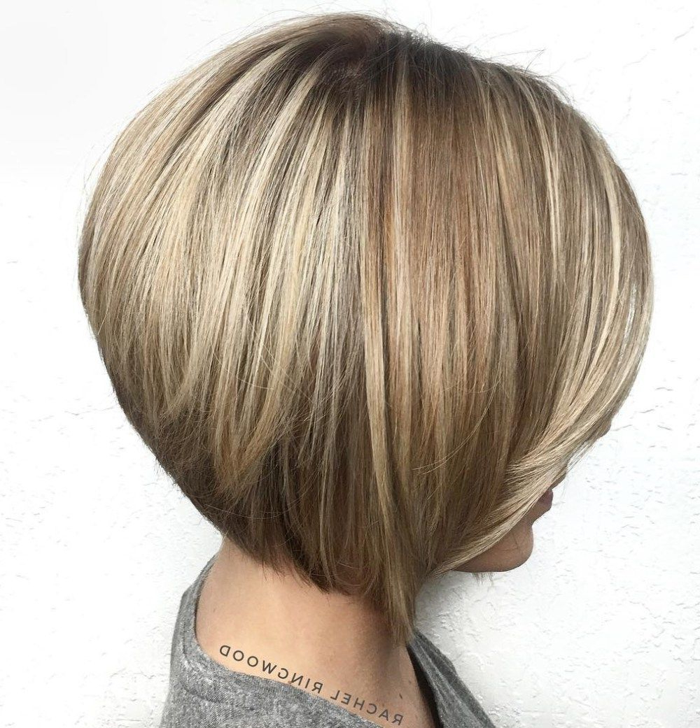 60 Layered Bob Styles: Modern Haircuts With Layers For Any Occasion Inside Sleek Rounded Inverted Bob Hairstyles (View 8 of 20)