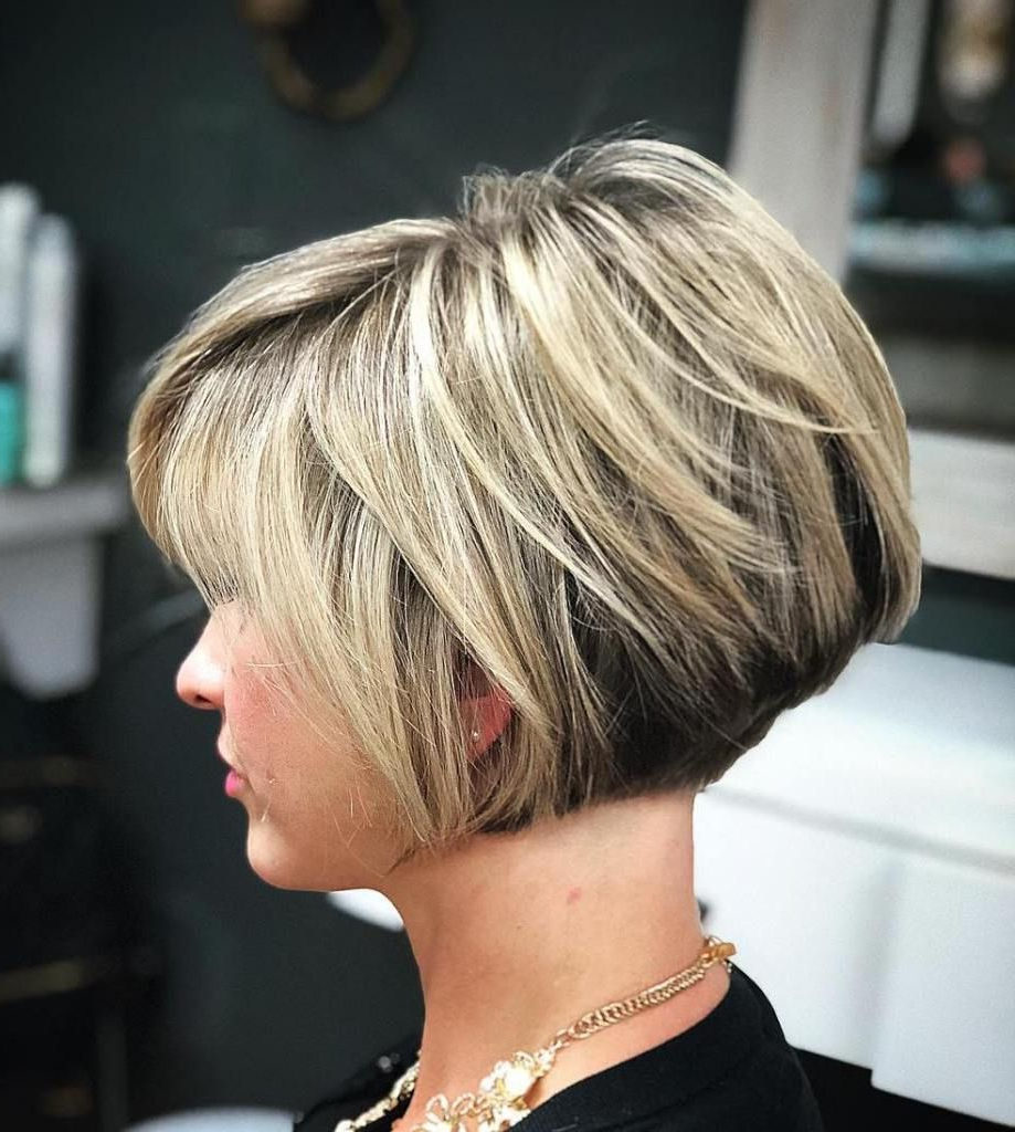 60 Layered Bob Styles: Modern Haircuts With Layers For Any Occasion Pertaining To Two Tone Stacked Pixie Bob Haircuts (View 8 of 20)