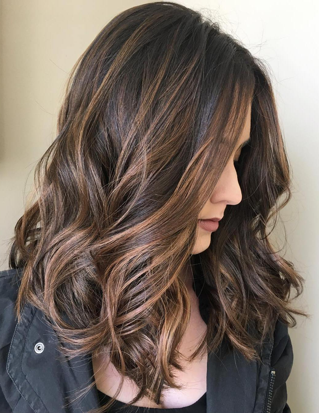 70 Balayage Hair Color Ideas With Blonde, Brown And Caramel Highlights With Curly Dark Brown Bob Hairstyles With Partial Balayage (View 15 of 20)