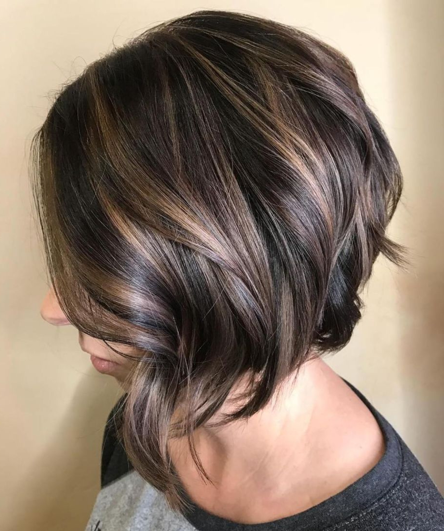 Featured Photo of Inverted Brunette Bob Hairstyles With Feathered Highlights