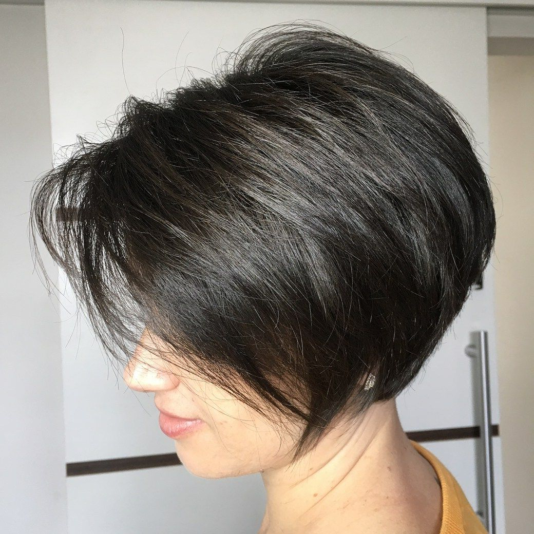70 Cute And Easy To Style Short Layered Hairstyles | Bobs, Rounding Inside Rounded Bob Hairstyles With Razored Layers (View 11 of 20)
