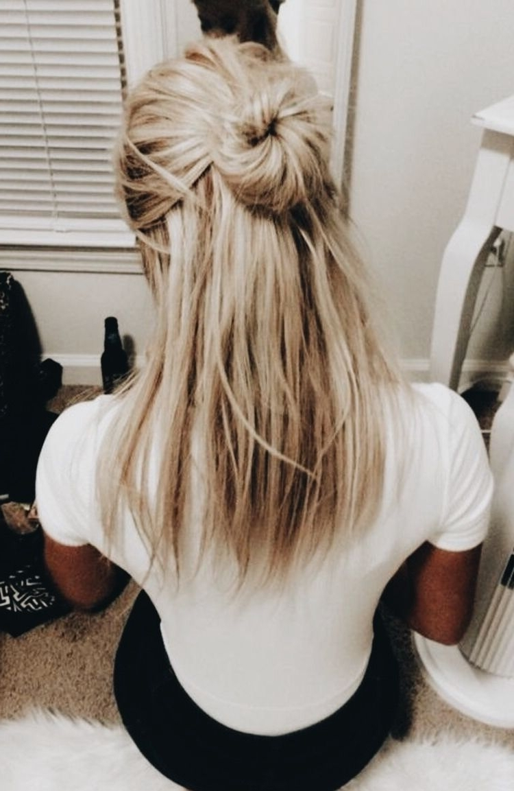 Best And Newest Twisted And Pinned Blonde Ponytails Regarding Pinrk On Hairdos In (View 2 of 20)