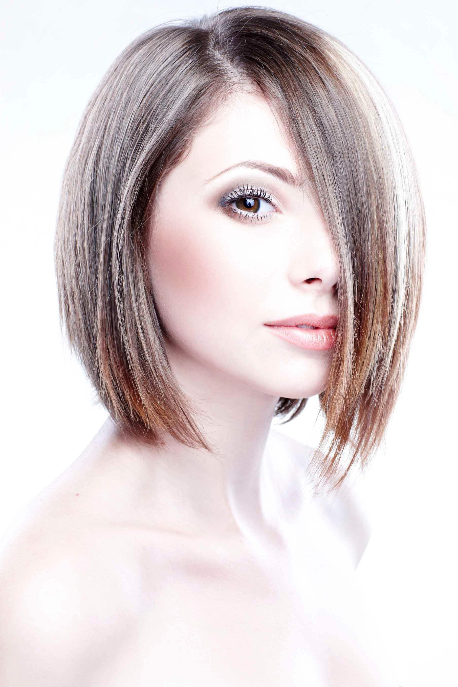 Bob Haircuts Guide: Inspirational Hairstyles, Tips And Trends With Short Razored Blonde Bob Haircuts With Gray Highlights (View 17 of 20)