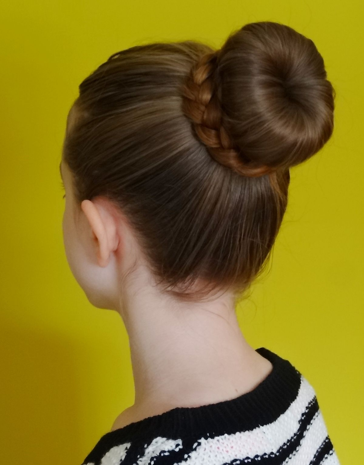 Bun (Hairstyle) – Wikipedia Inside Most Up To Date Braid And Bun Ponytail Hairstyles (View 4 of 20)