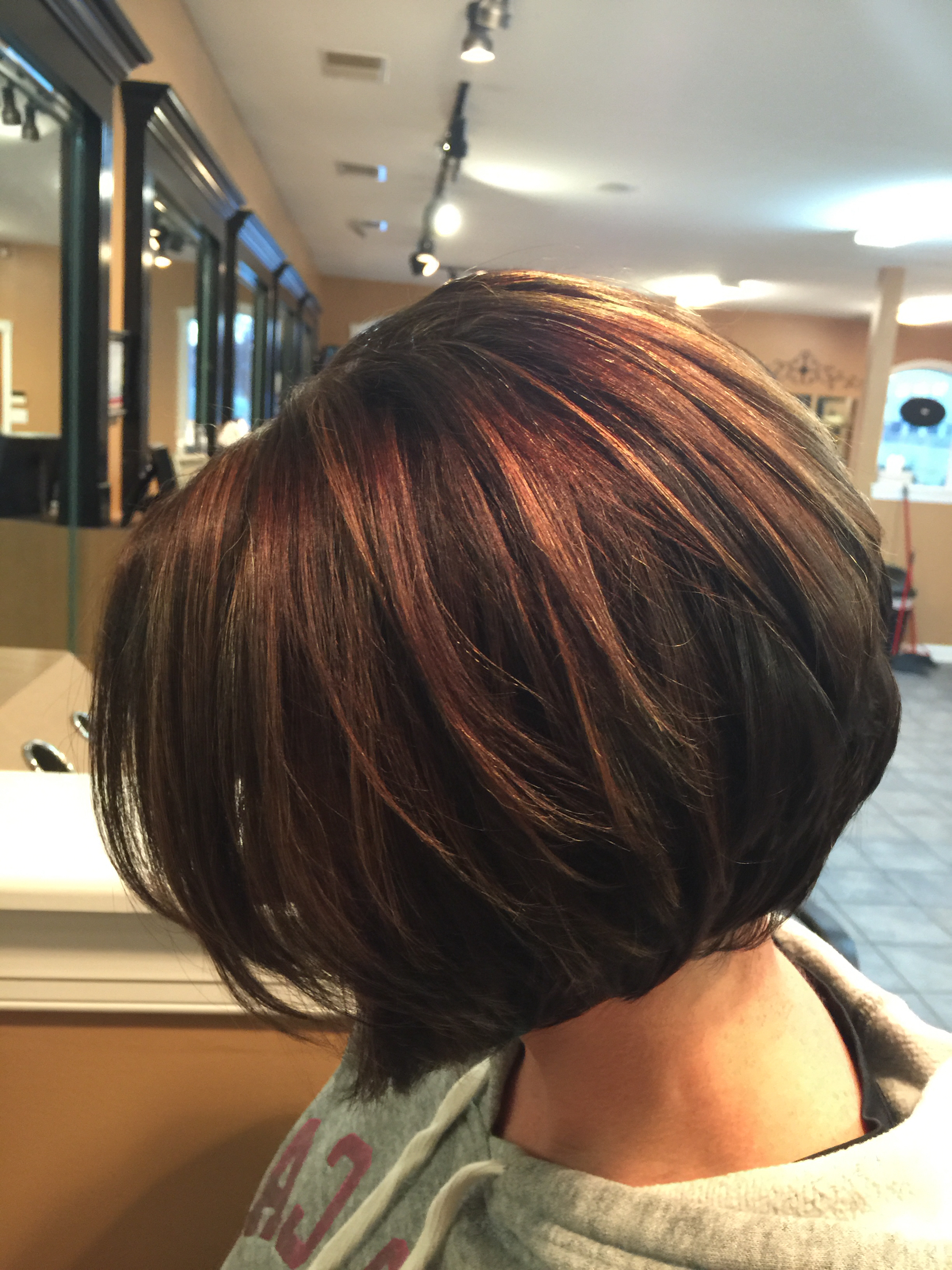 Captivating Caramel Bob Hairstyles On Inverted Bob Chocolate Brown Within Stacked Bob Hairstyles With Highlights (View 7 of 20)