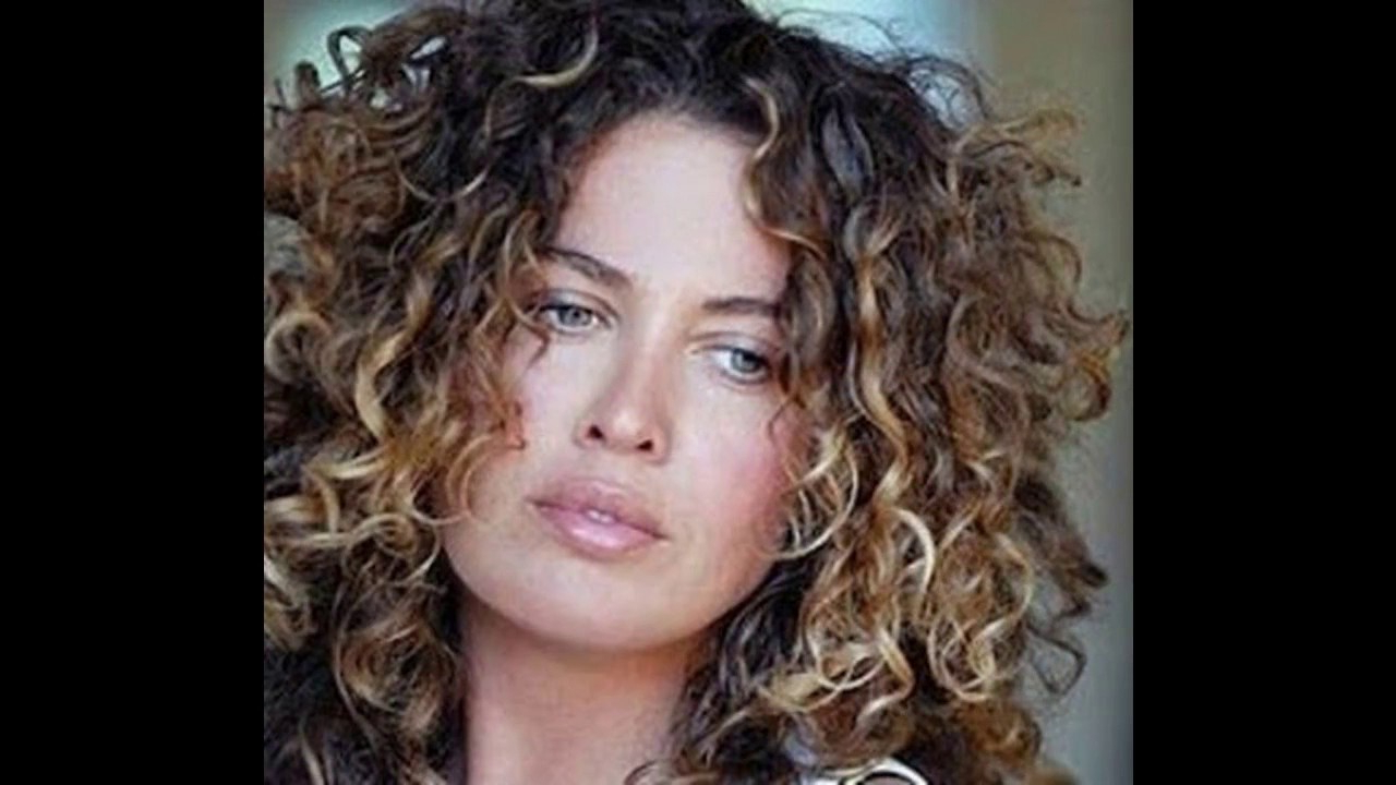 Curly Hair Highlight Ideas – Youtube For Brown Curly Hairstyles With Highlights (View 6 of 20)