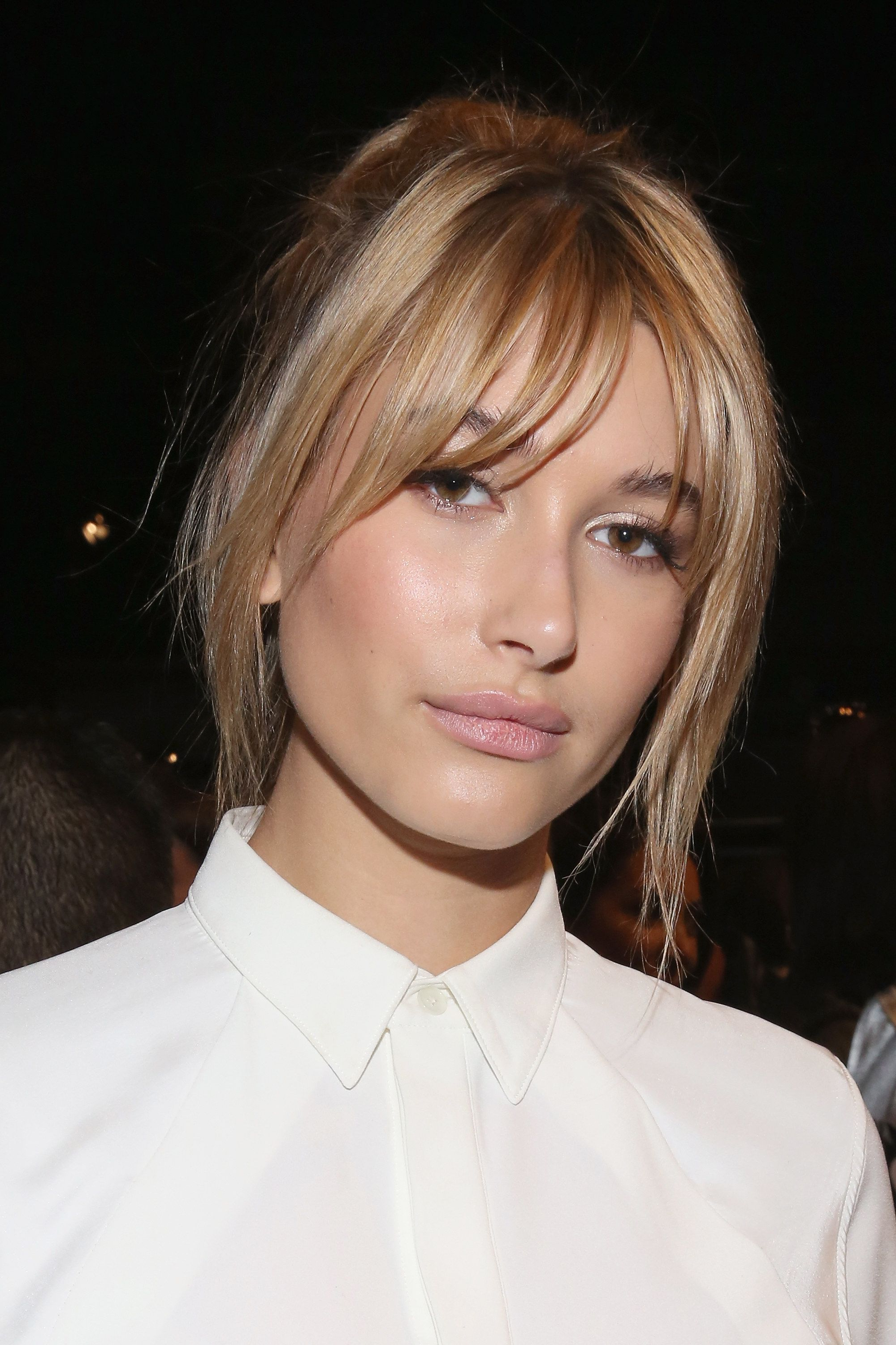 Hailey Baldwin's Best Beauty Looks Are Serious Inspo | Hair & Beauty Within Short Red Haircuts With Wispy Layers (View 14 of 20)