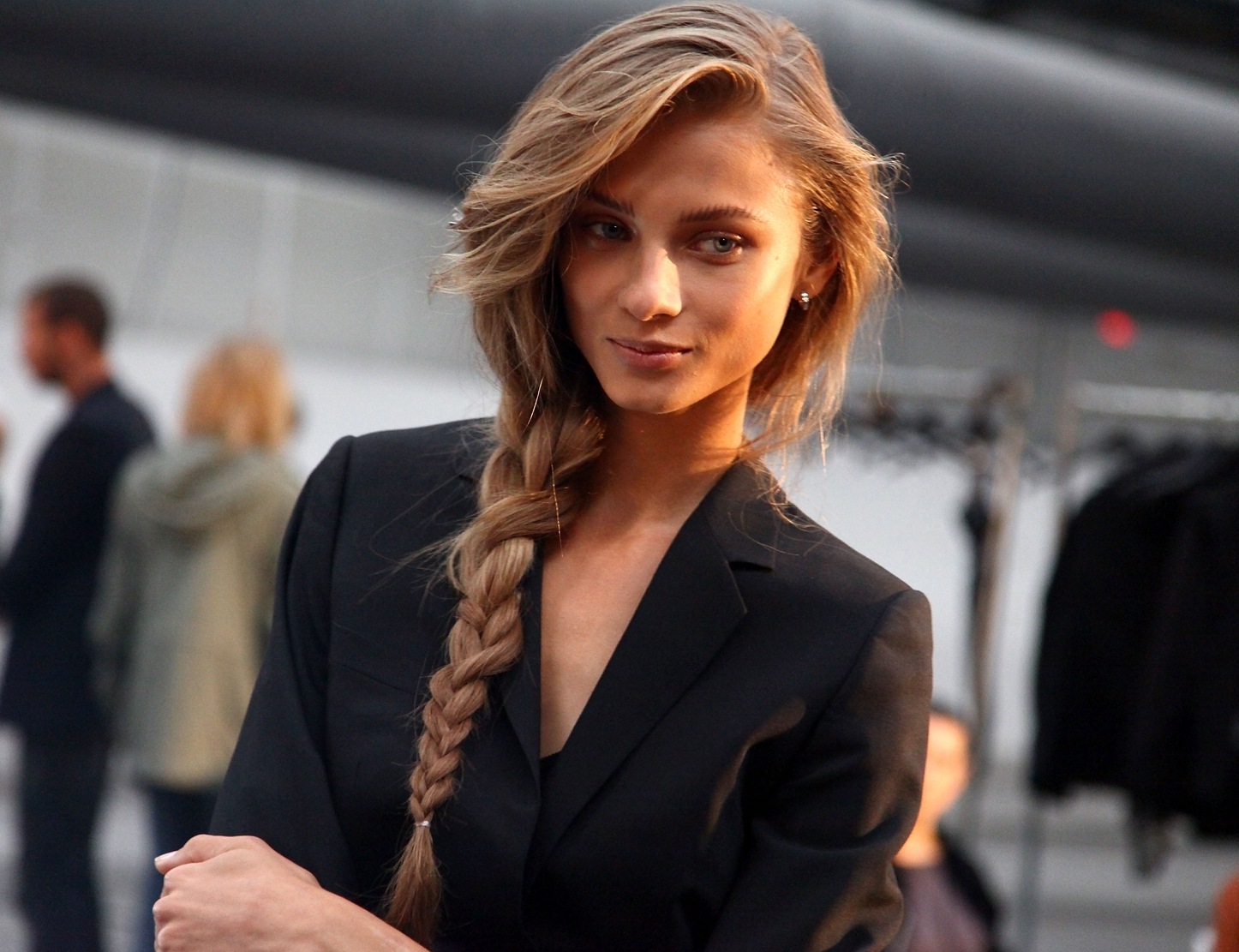 Hairstyles For Dummy: How To Do A Messy Side Braid For Popular Simple Messy Side Ponytail Hairstyles (View 15 of 20)