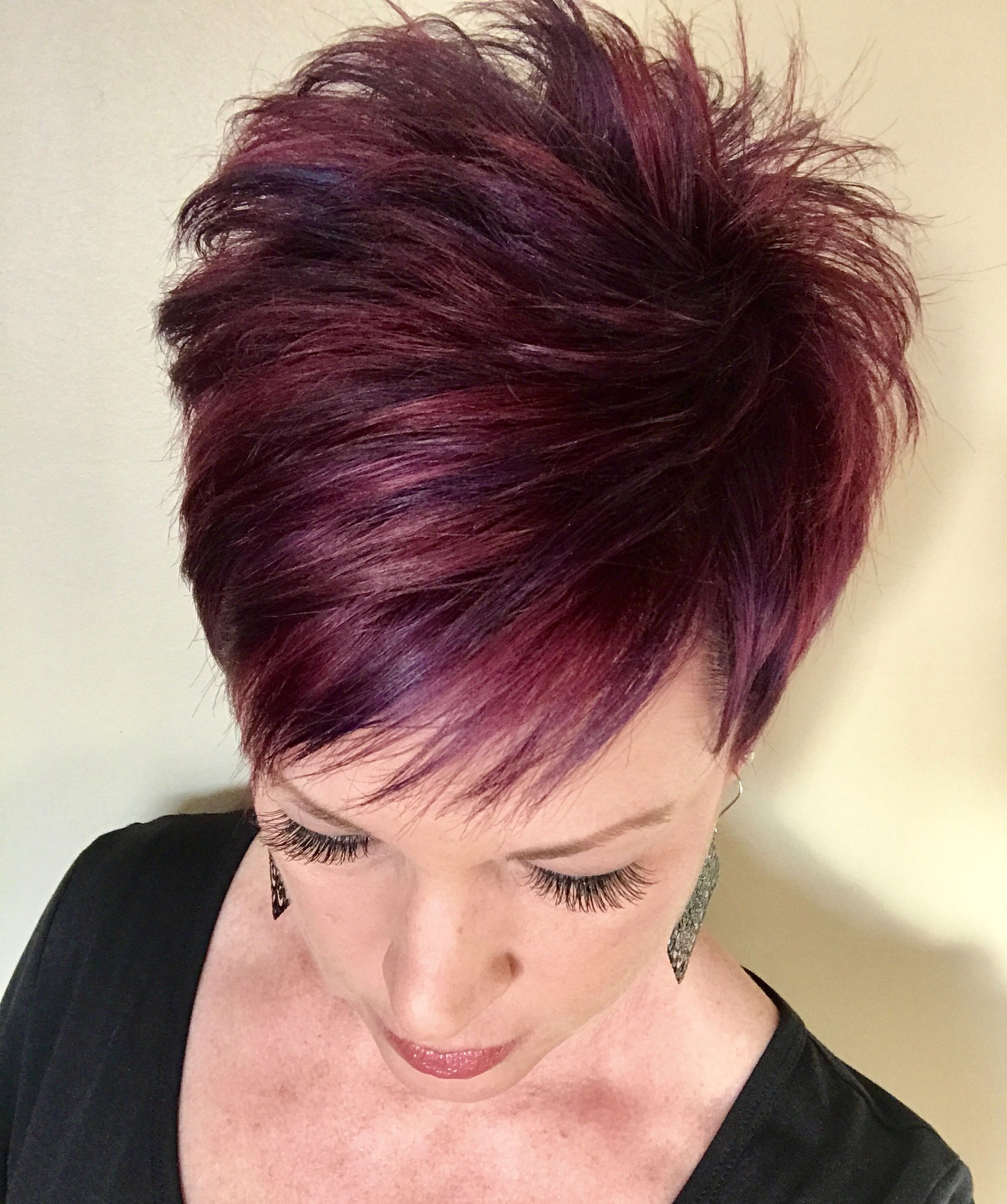 Korte Pixi | Kapsels | Pinterest | Short Hair, Hair Style And Hair Cuts Pertaining To Edgy Purple Tinted Pixie Haircuts (View 16 of 20)