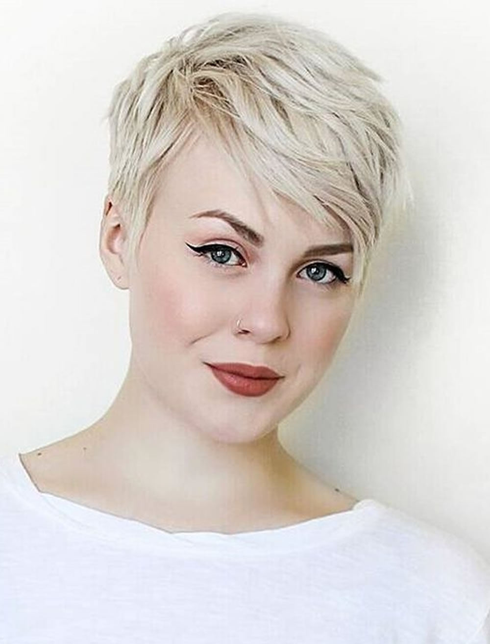 Messy Short Pixie Hairstyles For Blonde Women – Hairstyles With Regard To Messy Pixie Hairstyles For Short Hair (View 11 of 20)