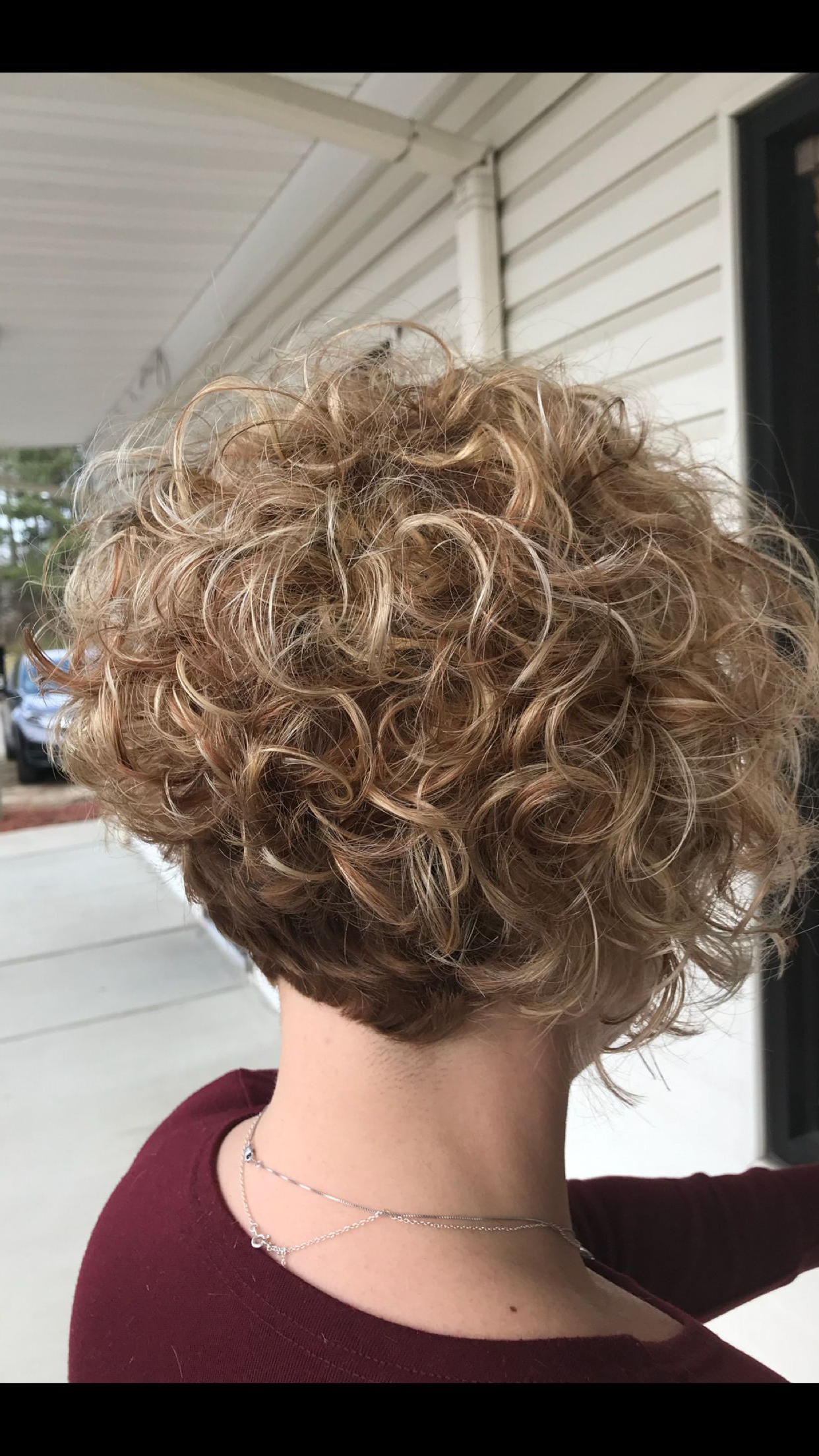Pingladis Ondina Cubas Rapalo On Cortes De Cabello | Pinterest With Regard To Angelic Blonde Balayage Bob Hairstyles With Curls (View 10 of 20)