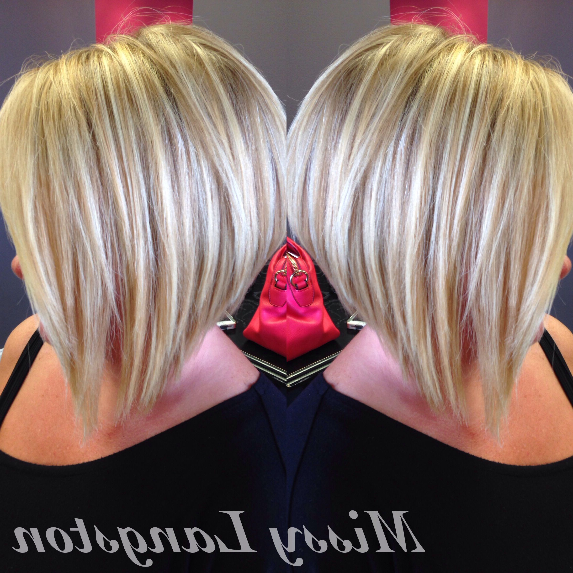 Featured Photo of Short Blonde Inverted Bob Haircuts