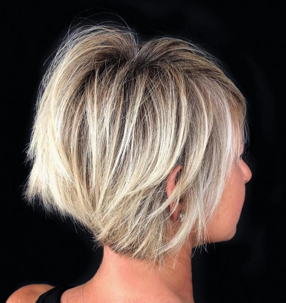 Featured Photo of Short Crisp Bronde Bob Haircuts