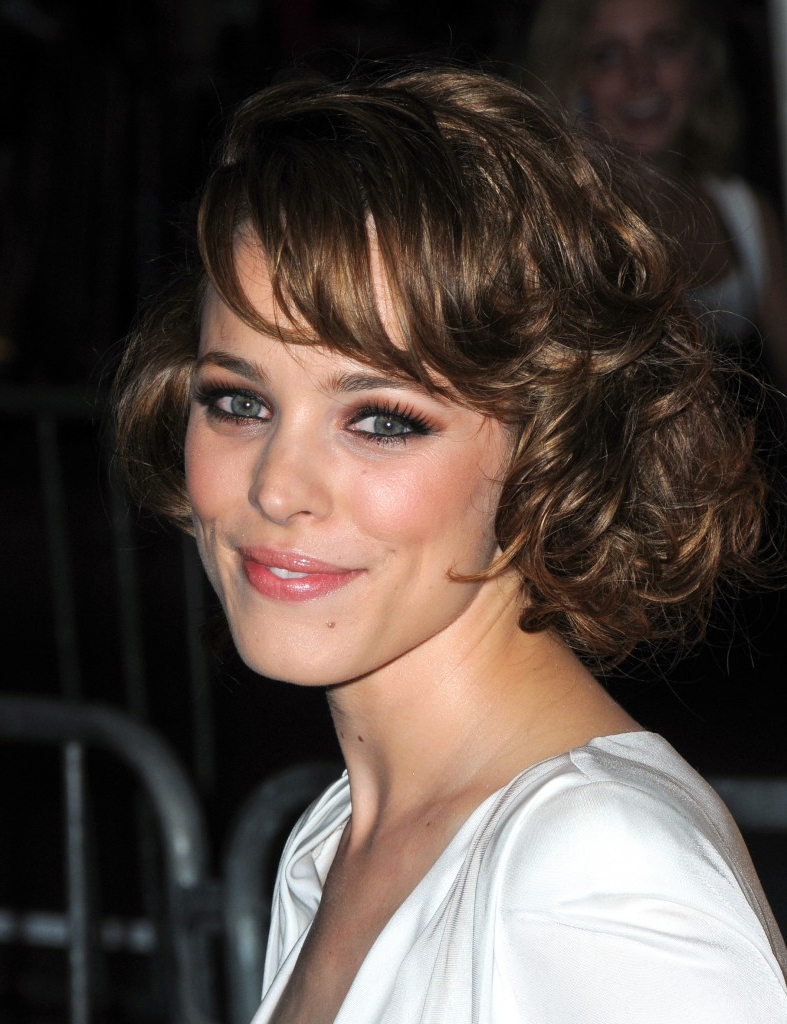 Short Hairstyles For Oval Faces With Wavy Hair Within Layered Haircuts For Short Curly Hair (View 8 of 20)