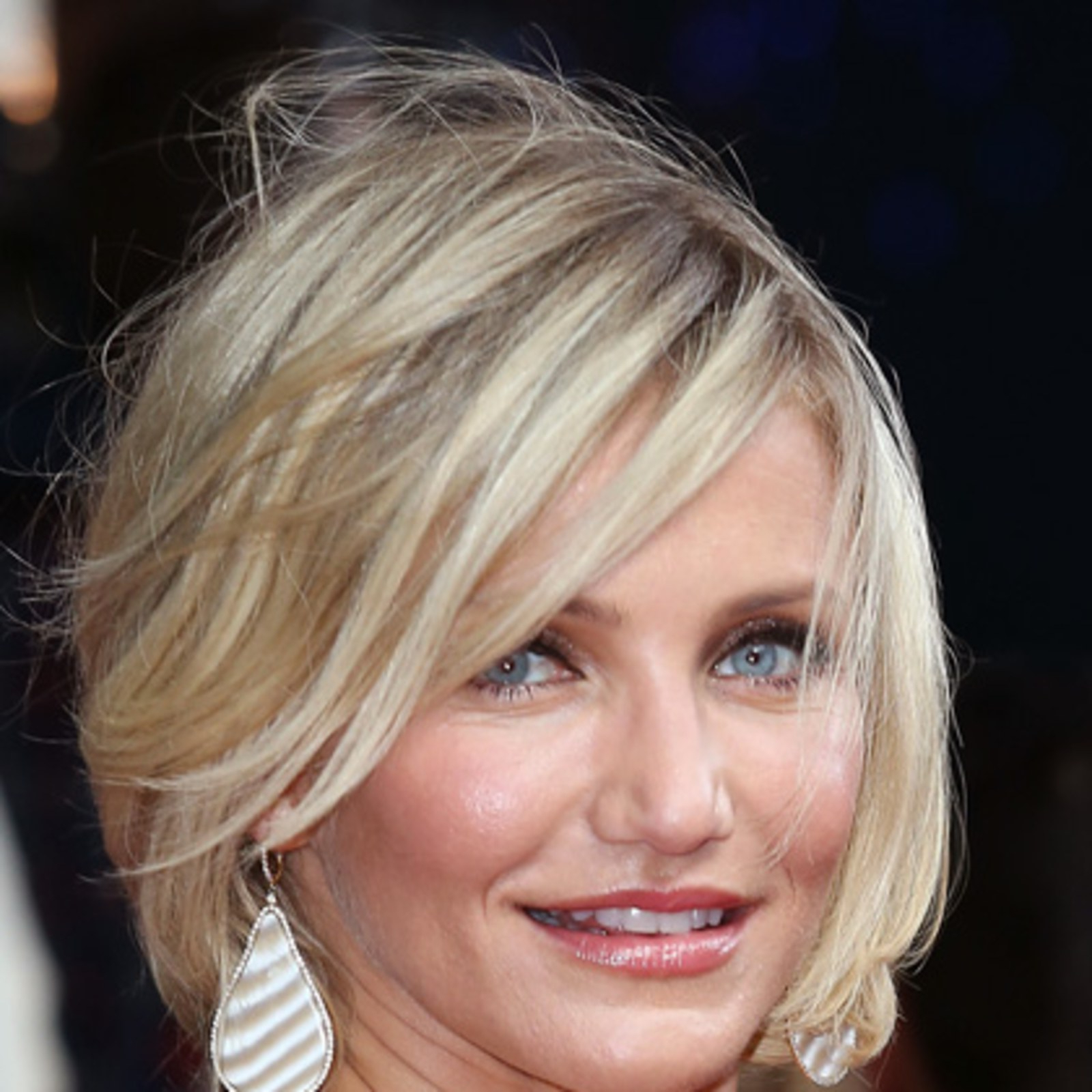 The 13 Best Celebrity Cuts Right Now – Allure Intended For Stacked Choppy Blonde Bob Haircuts (View 18 of 20)