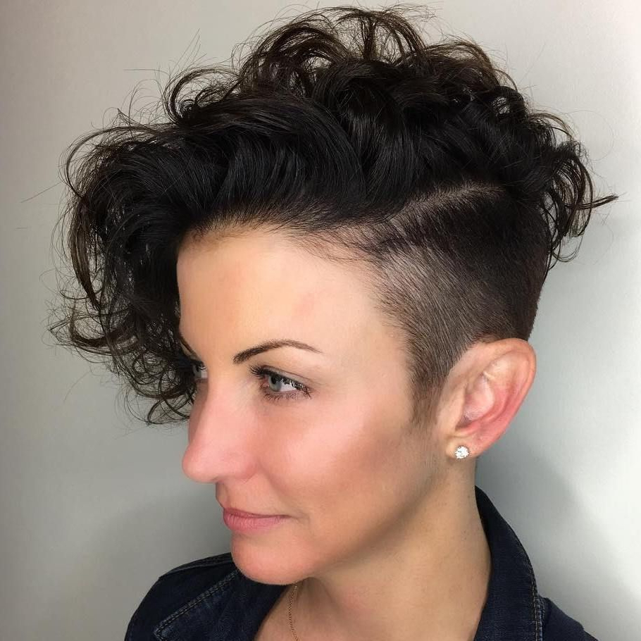 Top 40 Catchy Asymmetric Haircuts For Attention Grabbing Gals In With Regard To Undercut Hairstyles For Curly Hair (View 16 of 20)