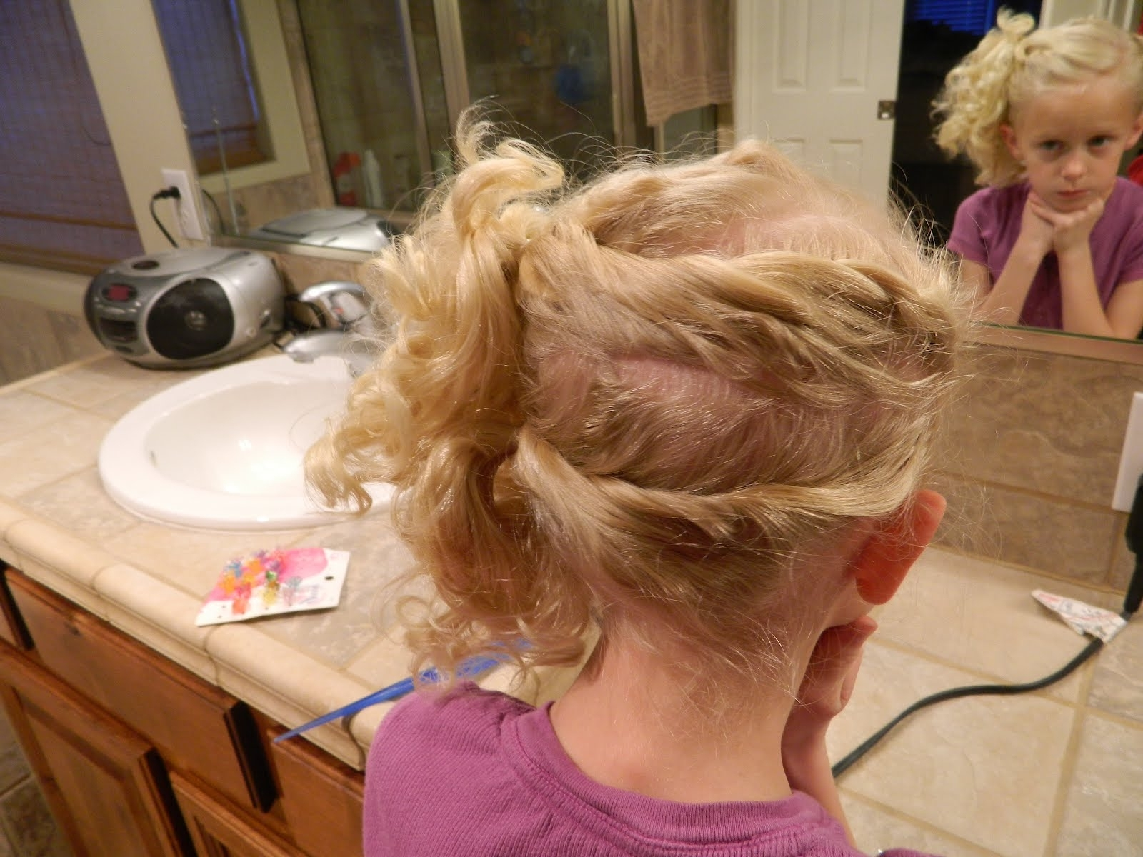 Trendy Twisted Front Curly Side Ponytail Hairstyles Inside Curly Side Ponytail (View 16 of 20)