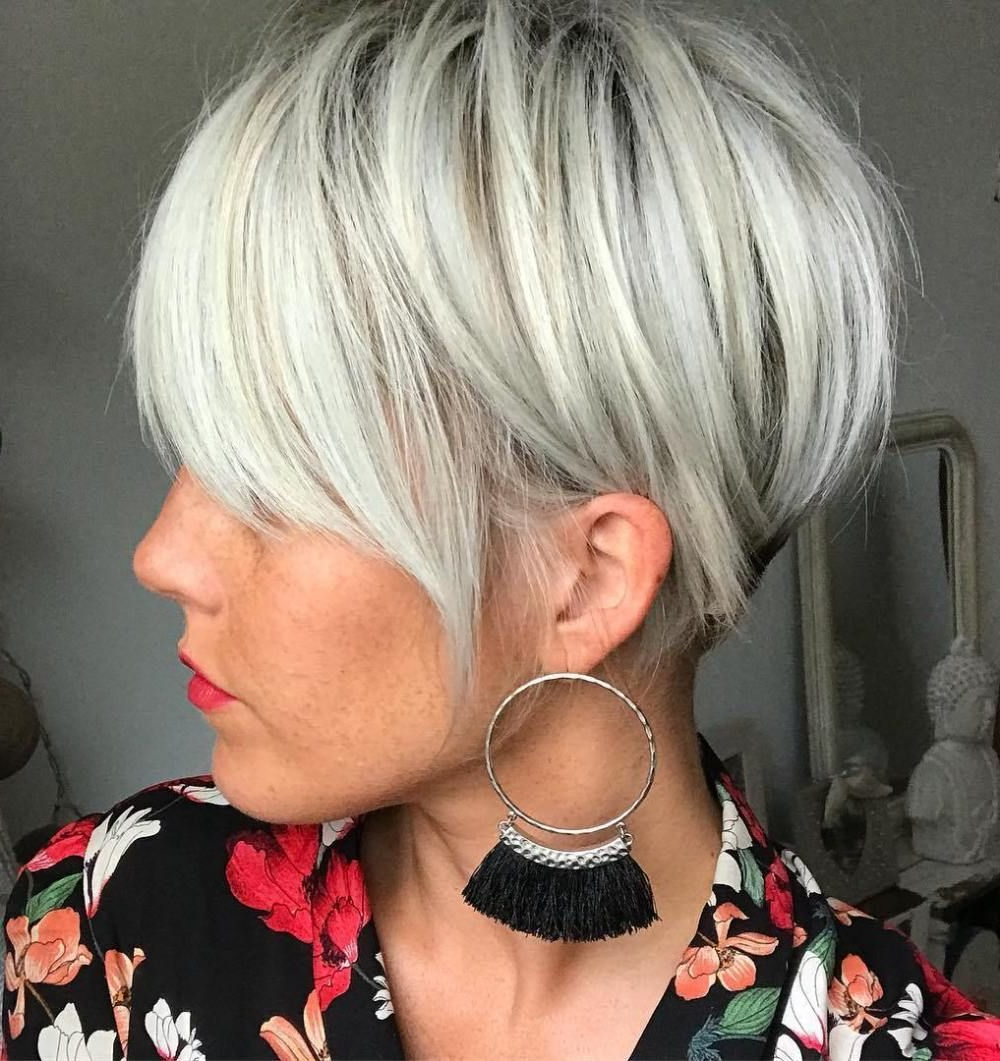 Featured Photo of White Bob Undercut Hairstyles With Root Fade