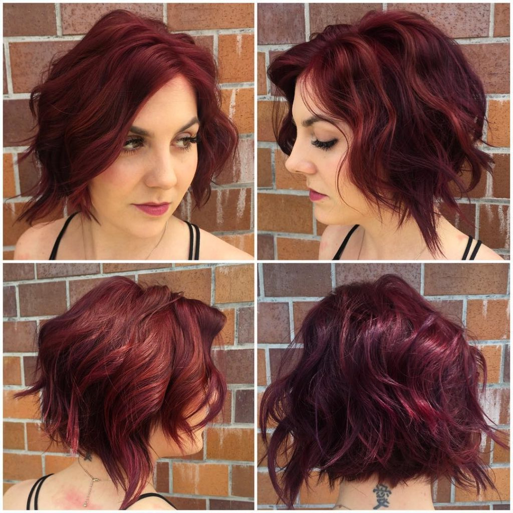 Women's Messy Burgundy Bob With Shaggy Waves And Highlights With Regard To Angled Burgundy Bob Hairstyles With Voluminous Layers (View 20 of 20)