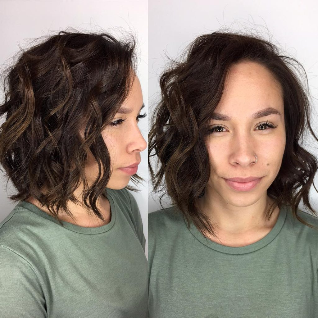 Women's Tousled Layered Bob With Textured Waves And Chocolate Throughout Lip Length Tousled Brunette Bob Hairstyles (View 7 of 20)
