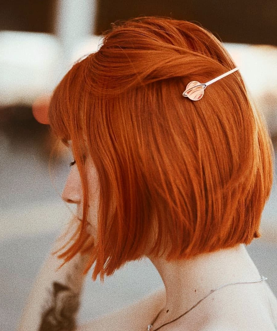 10 Fab Short Hairstyles With Texture & Color 2019 For Burnt Orange Bob Hairstyles With Highlights (View 1 of 20)