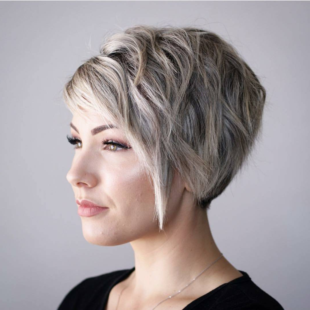10 Hi Fashion Short Haircut For Thick Hair Ideas 2019 – Women Short Throughout Short Layered Blonde Hairstyles (View 17 of 20)