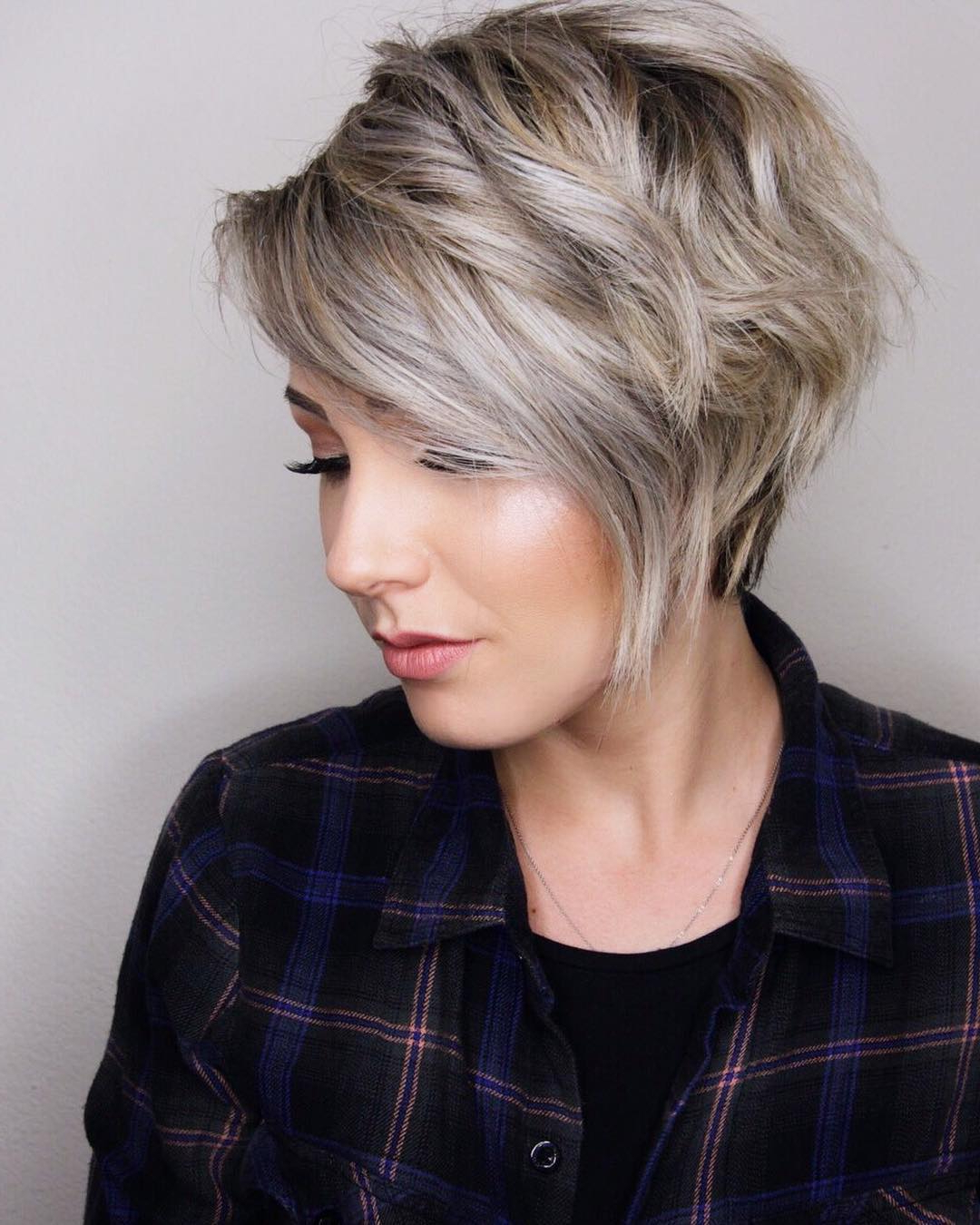 10 Trendy Layered Short Haircut Ideas 2019 – 'extra Special' Inspiration With Regard To Tapered Gray Pixie Hairstyles With Textured Crown (View 18 of 20)