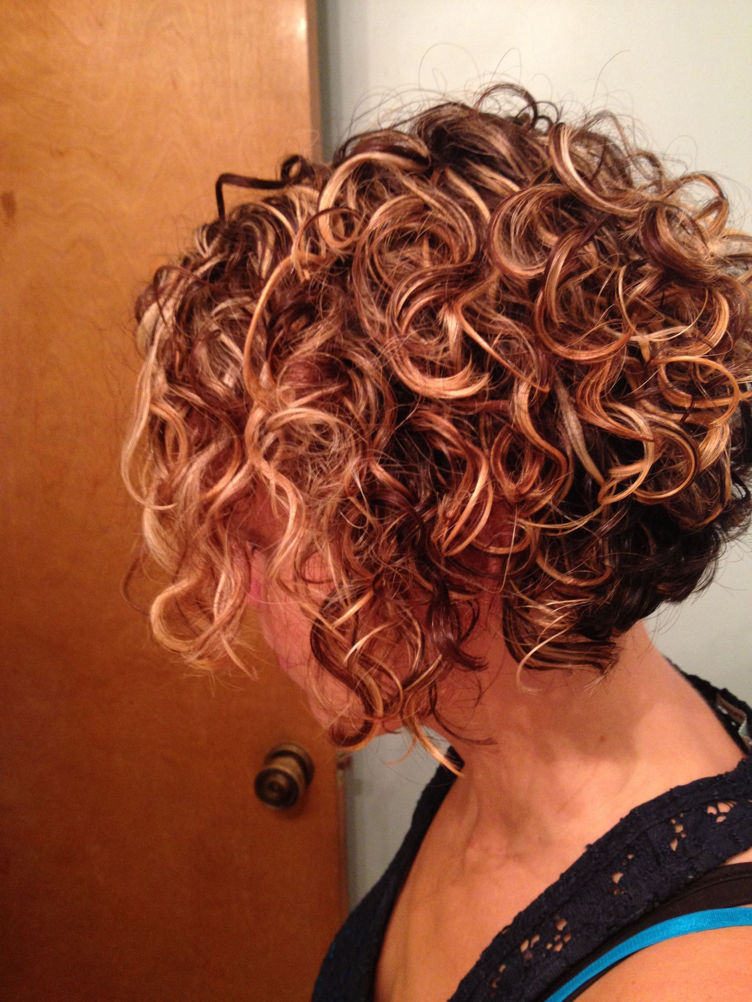 25 Lively Short Haircuts For Curly Hair – Short Wavy Curly Hairstyle Pertaining To Playful Blonde Curls Hairstyles (View 2 of 20)