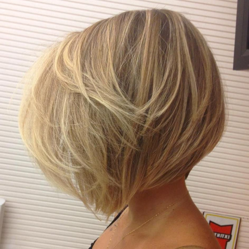 30 Beautiful And Classy Graduated Bob Haircuts | Blonde Layers Pertaining To Classy Slanted Blonde Bob Hairstyles (View 8 of 20)