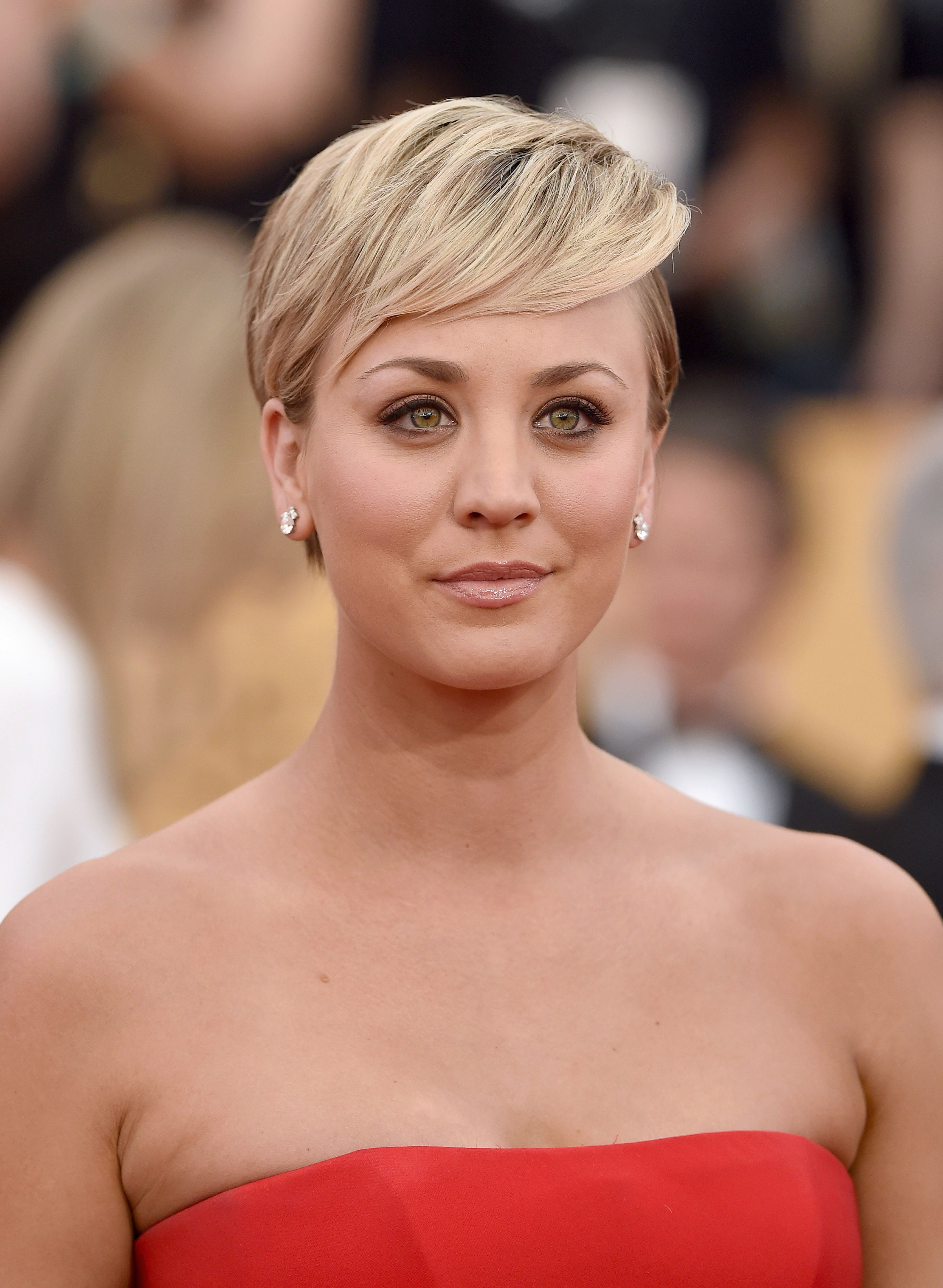 40 Best Short Pixie Cut Hairstyles 2018 – Cute Pixie Haircuts For Women In Voluminous Gray Pixie Haircuts (View 18 of 20)