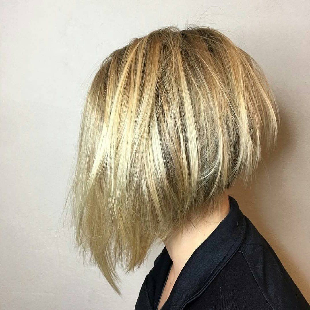 40 Cool And Contemporary Short Haircuts For Women – Popular Haircuts Regarding Brown And Blonde Graduated Bob Hairstyles (View 8 of 20)