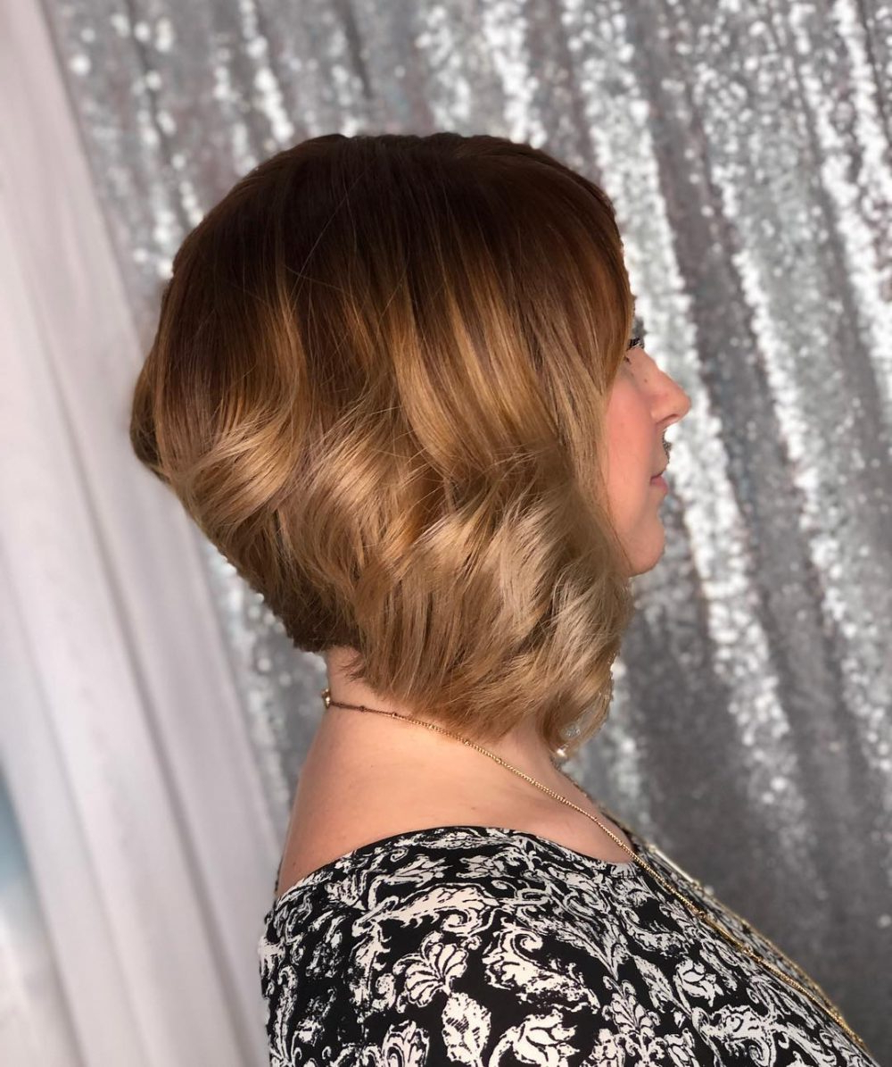 43 Greatest Wavy Bob Hairstyles – Short, Medium And Long In 2018 Pertaining To Short Wavy Inverted Bob Hairstyles (View 7 of 20)