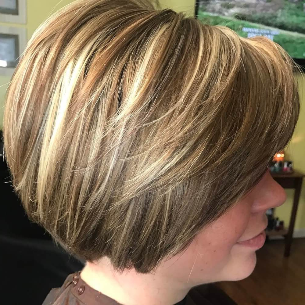 49 Chic Short Bob Hairstyles & Haircuts For Women In 2018 Throughout Honey Blonde Layered Bob Hairstyles With Short Back (View 6 of 20)